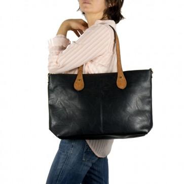 Borsa nera donna grande con manici cuoio outfit